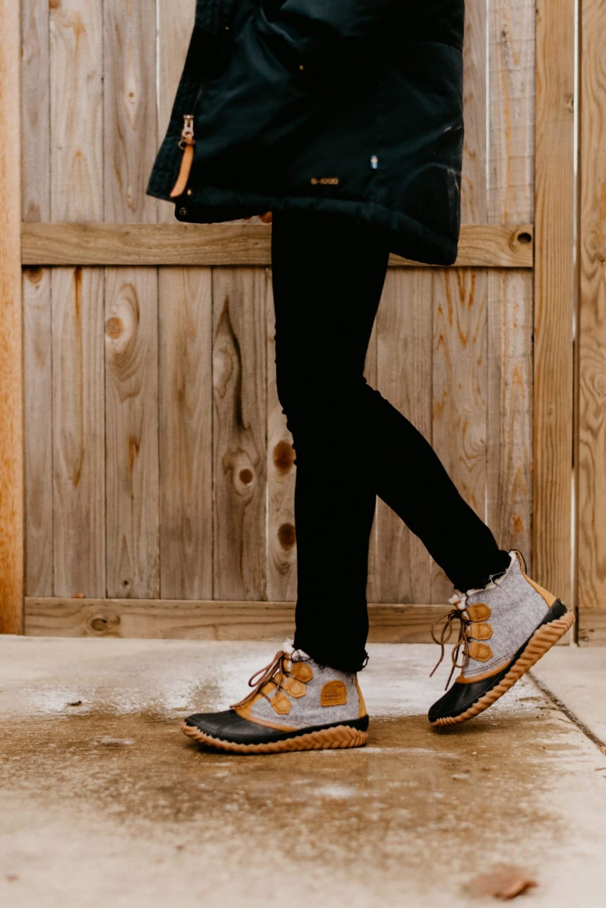 women out and about sorel boot