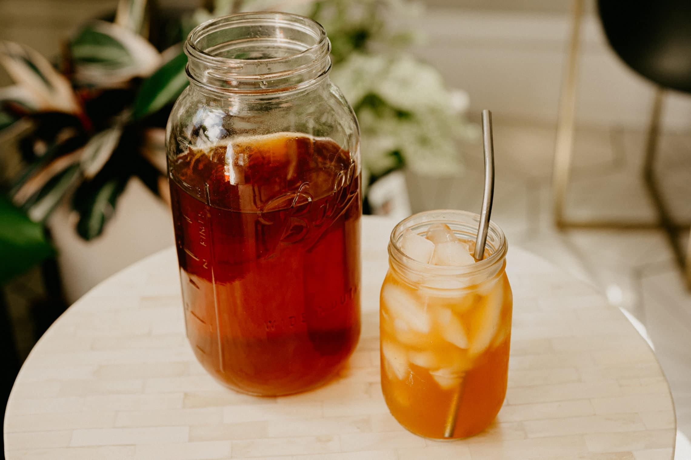 homemade lemon sun tea