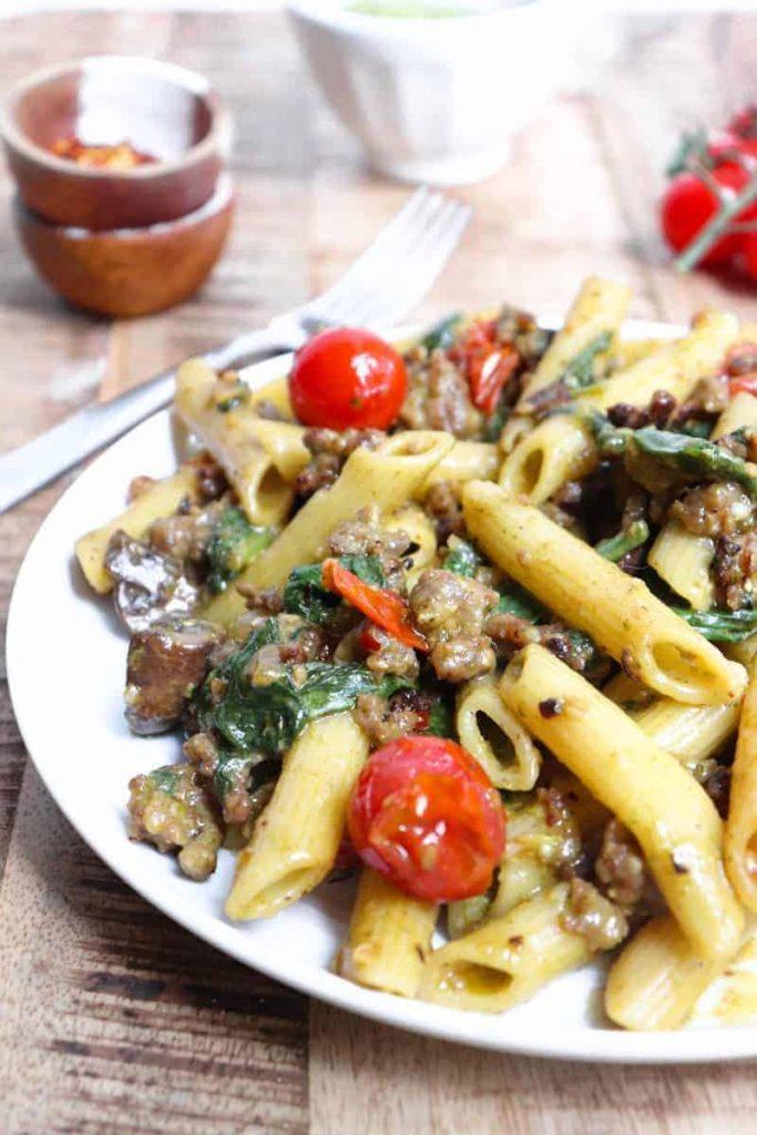 pesto pasta tomatoes
